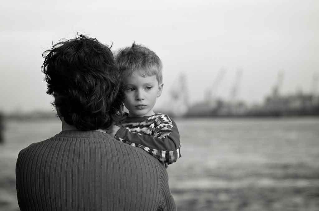 人見知りの子を責めないで!人見知りが持つ素晴らしい素質。