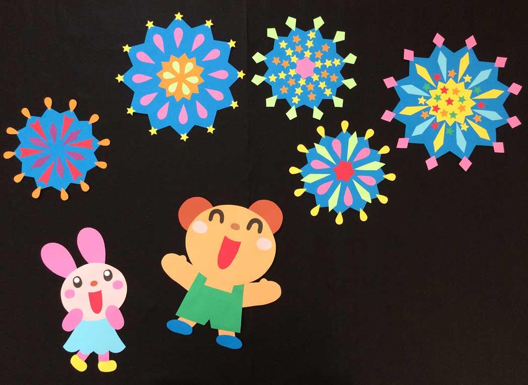 花火の壁面装飾