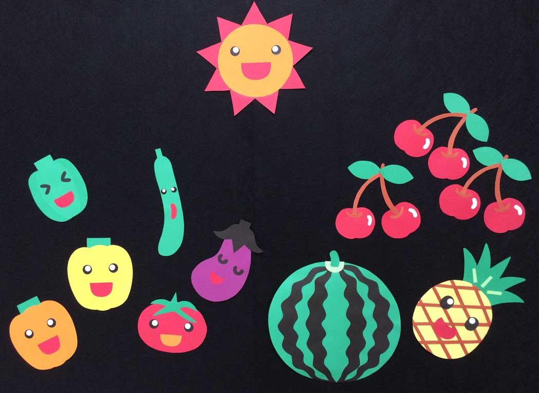 夏野菜の壁面装飾